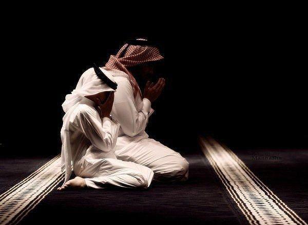 "Саид ибн Джубейр передает со слов Абдуллаха ибн Аббаса радыяллаху анху: ""Посланник Аллаха салляллаху алейхи ва саллям читал витр в три рака'ата."