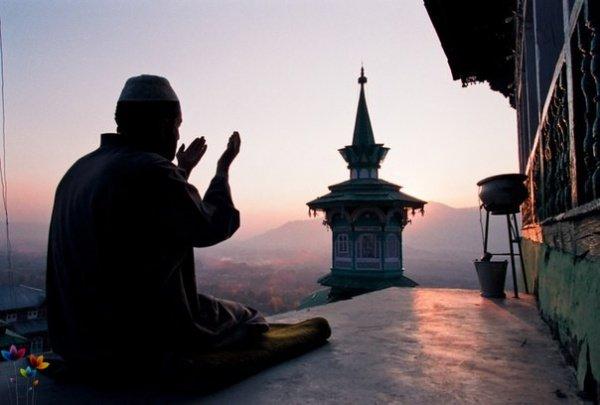 Ният - это прежде всего намерение сделать какой-либо поступок ради Аллаха