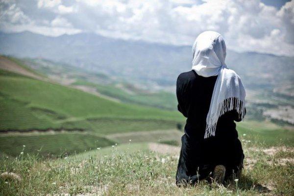 Если женщина в мирской жизни была несколько раз замужем, то с кем из мужей она будет в ахыра?