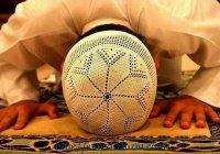 """Исламская линия доверия: """"Считается ли грехом, что я, не будучи мусульманкой, молюсь Всевышнему?"""""""