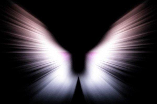 В каком образе видит ангелов человек перед смертью?