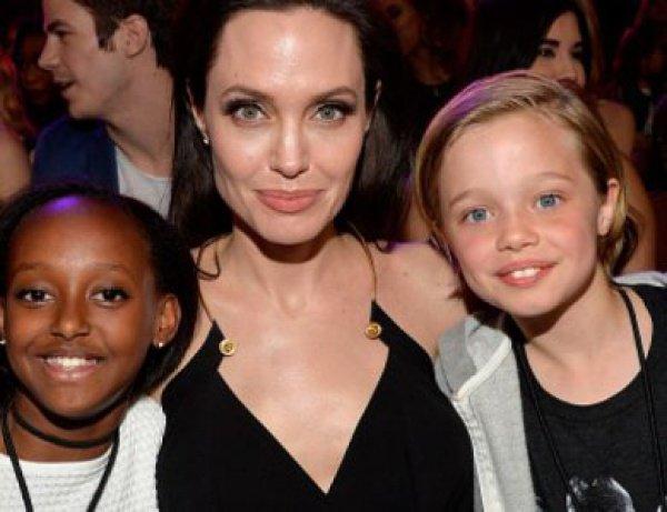 Приемная дочь Анджелины Джоли хочет вернуться к родной маме.