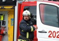 Молния устроила пожар в Грозном (ВИДЕО)