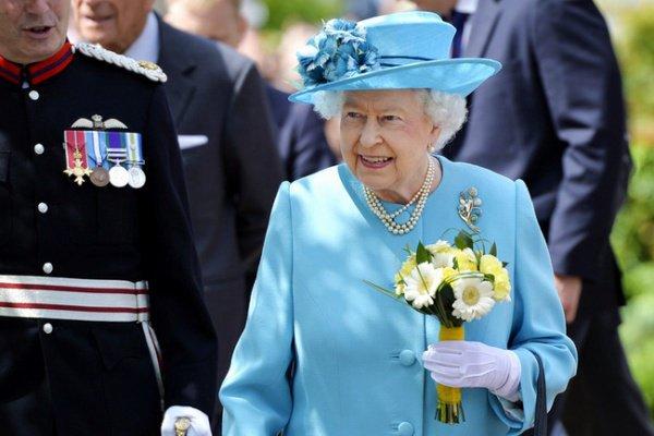 При этом главной целью предполагаемого теракта является королева Великобритании Елизавета II (Elizabeth II)