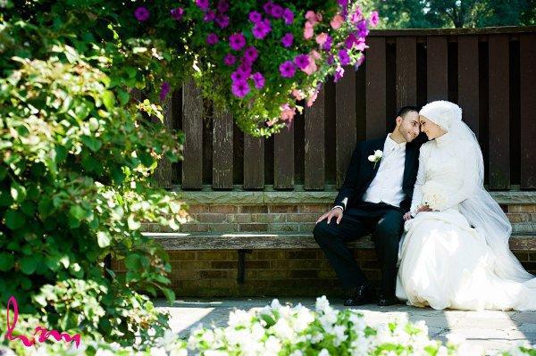 Кого замужняя мусульманка должна слушать в первую очередь - отца или мужа?