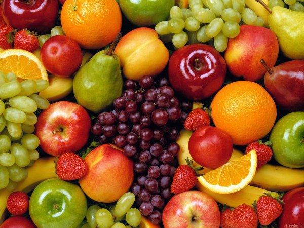 Ученые опровергли пользу фруктов как диетического продукта.