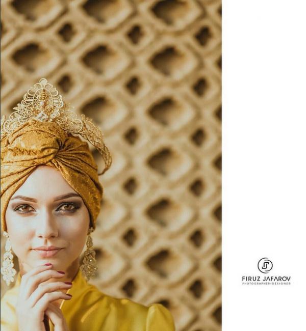 Она отметила, что ей нравятся татарские обычаи, убранства и наряды