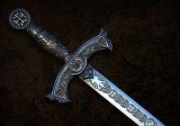 Продавец напугал грабителей с мачете своим мечем