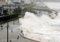 """Тайфун """"Гони"""" достиг Японии"""