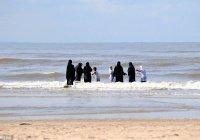 Марокканки требуют пляжи только для женщин
