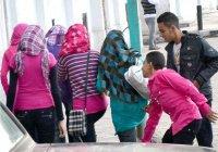 «Розовое такси» спасает мусульманок Египта