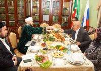 Муфтий РТ встретился с делегацией Королевства Бахрейн