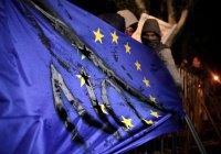 """Мнение: Европа уже не в силах терпеть """"удушение Сирии"""" американцами"""