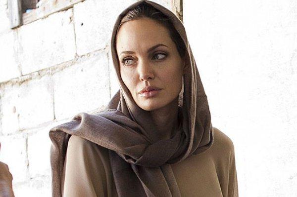 Анджелина Джоли: «Сексуальное насилие над несовершеннолетними стало основным способом террора ИГИЛ»