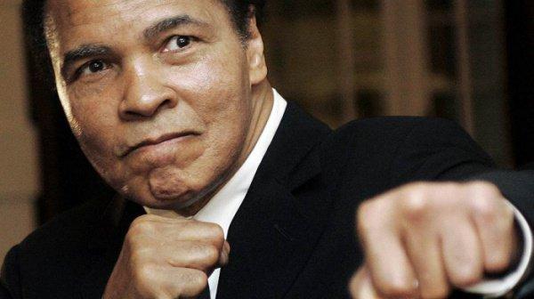 Легендарный боксер, 3-кратный чемпион мира в тяжелом весе Мухаммед Али (Muhammad Ali)