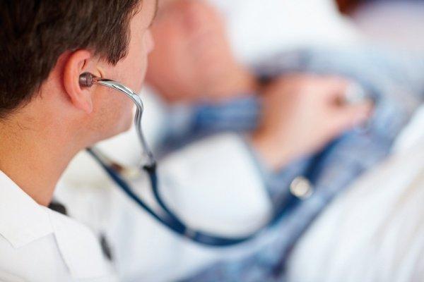 Может ли врач уйти на джума намаз, оставив больного без присмотра?