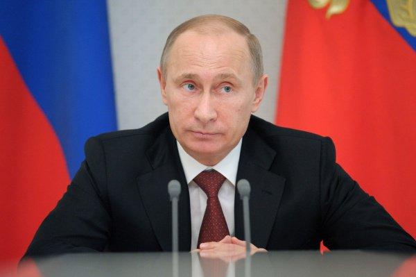 Владимир Путин: Россия не будет участвовать в военных операциях в Сирии.
