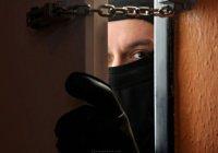 Голодные грабители опустошили холодильник в мечети Саудовской Аравии