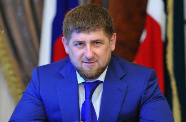 Кадыров будет добиваться разрешения строить больше мечетей в России.