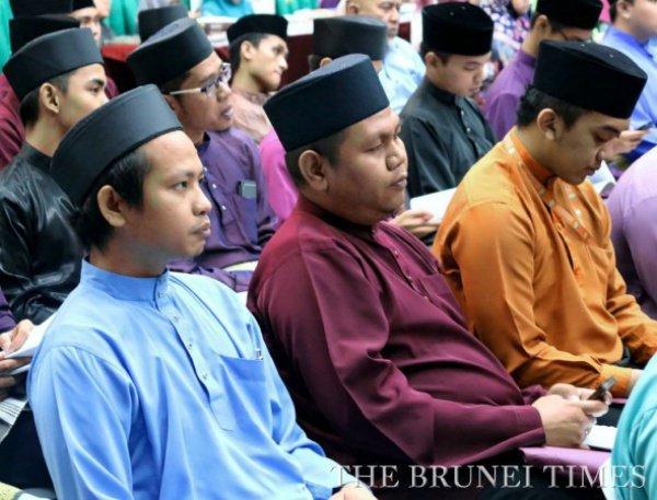 Мусульман призывают остерегаться