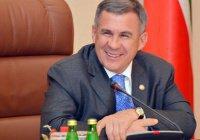 Минниханов наградил организаторов ЧМ по водным видам спорта в Казани