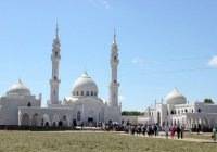 """""""Пусть весь мир узнает, что ислам пришел с почтением и миром"""""""