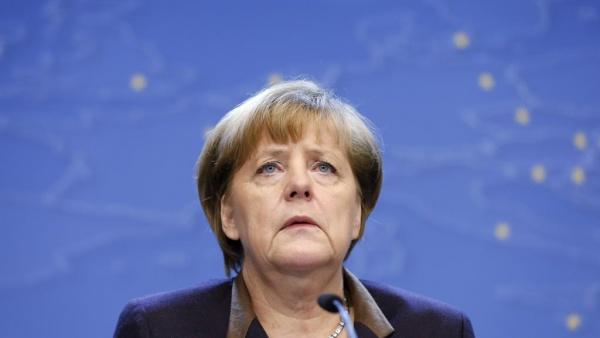 В минувшие выходные Меркель направила в Анкару телеграмму со своими соболезнования в связи с терактами, произошедшими в Турции