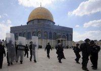 Израиль ограничил доступ мусульман на джума-намаз в Аль-Аксе
