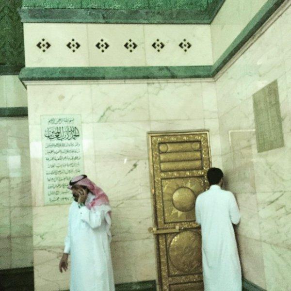 Дверь, ведущая на крышу Каабы