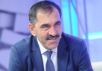 Россия в Сирии отстаивает свои человеческие интересы, - заявил Евкуров