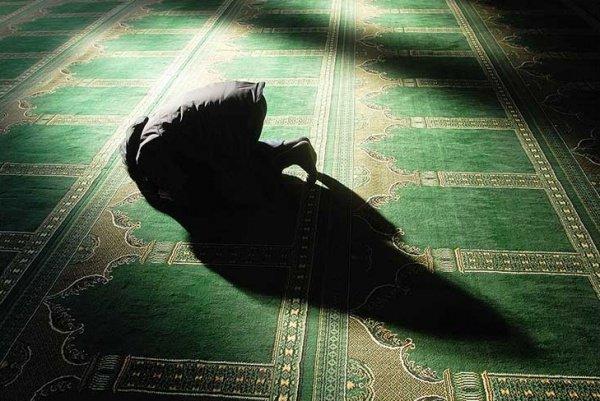 Существование заступничества (шафаат) в последней жизни твердо установлено в Коране и Сунне