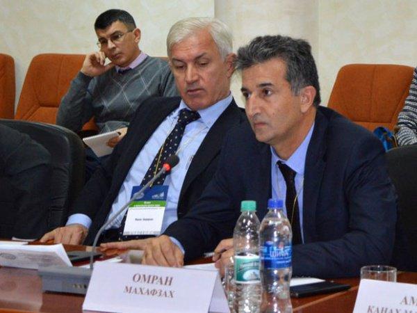 Профессор Омран Махафзах из Иордании