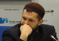 """Рустам Нургалеев: """"Мы воспитываем здравомыслящую мусульманскую молодежь"""""""