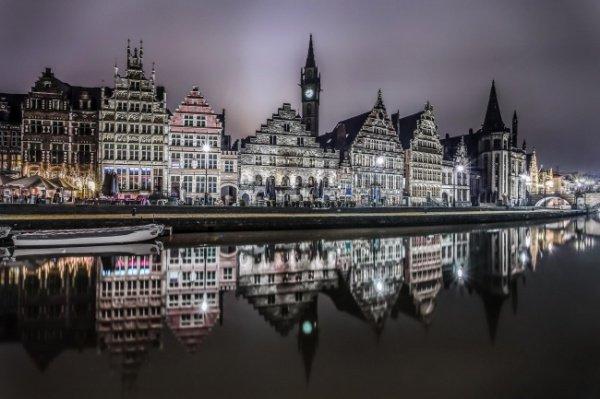 Правительство Бельгии рассматривает возможность закрытия ряда мечетей с тем, чтобы защитить молодежь от влияния радикальных проповедников