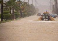 В Джидде дождь убил 2 человек (ВИДЕО)