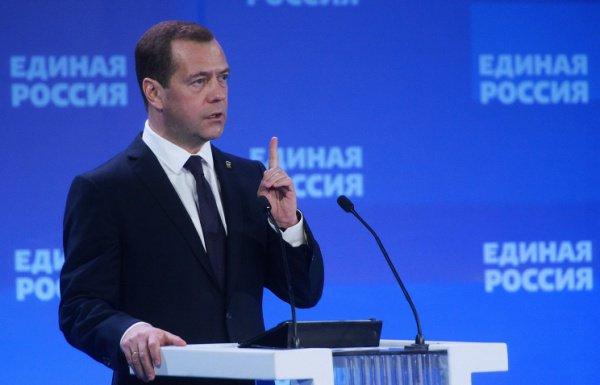 Он подчеркнул, что будучи разобщенными, РФ и другие страны, конечно, смогут так или иначе противостоять терроризму, однако вопрос в том, какой ценой