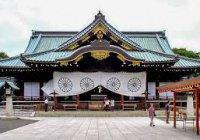 В храме Токио произошел взрыв