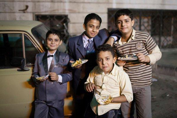Дети во время праздника Ид аль-Фитр