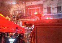 В Нью-Йорке горят три жилых дома