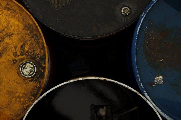 ИГ перевозит до 200 000 баррелей нефти в сутки