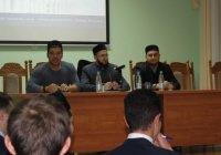 Муфтий РТ принял участие в первой встрече мусульманского дискуссионного клуба