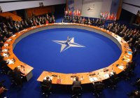 НАТО: сухопутные войска в Сирию отправлены не будут