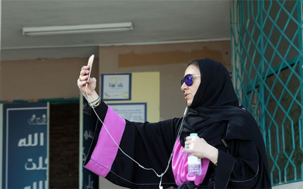 Как женщины в Саудовской Аравии голосовали...