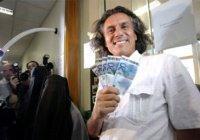 Бизнесмен оплачивает штрафы мусульманок за ношение платка