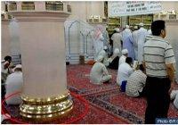 Пророк (мир ему) совершал намаз, стоя на этом месте
