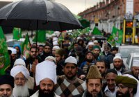 В Бирмингеме прошло тысячное шествие в честь дня рождения Пророка