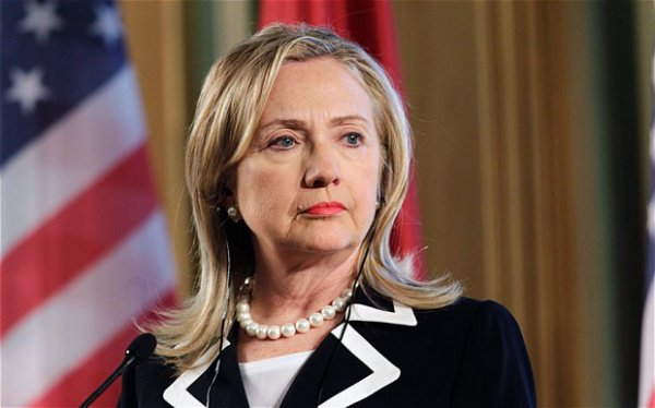 Хиллари Клинтон неоднократно обвиняла ИГИЛ в геноциде христиан.