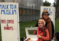 Мусульмане приглашают американцев на кофе с пончиками