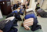 150 мусульман в США уволены за желание совершать намаз