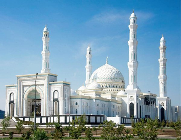 Мечеть Хазрет Султан, Астана.